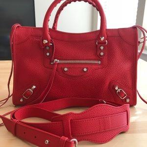 NWOT ❤️❤️ Balenciaga Small Crossbody Bag in Red
